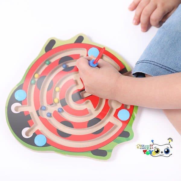 اسباب بازی ماز مغناطیسی مدل کفشدوزک