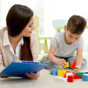 بازی درمانی رفتاری شناختی