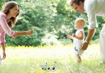 بازی حرکت دادن کودک