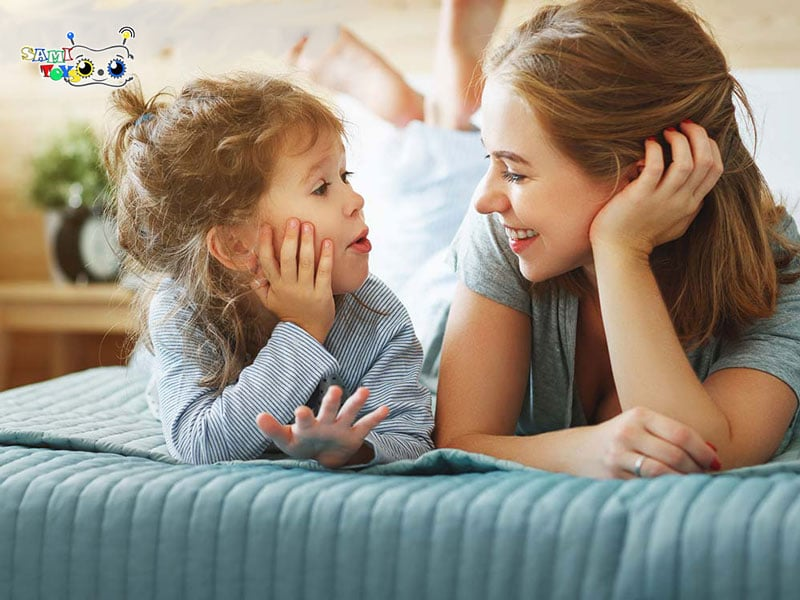 بازی آواز خواندن مادر و کودک