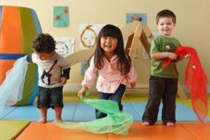 چوگان بازی - بازی کودکان زیر شش سال - انواع بازی کودکان
